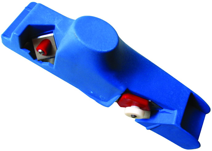 Gypsum plate edge trimmer